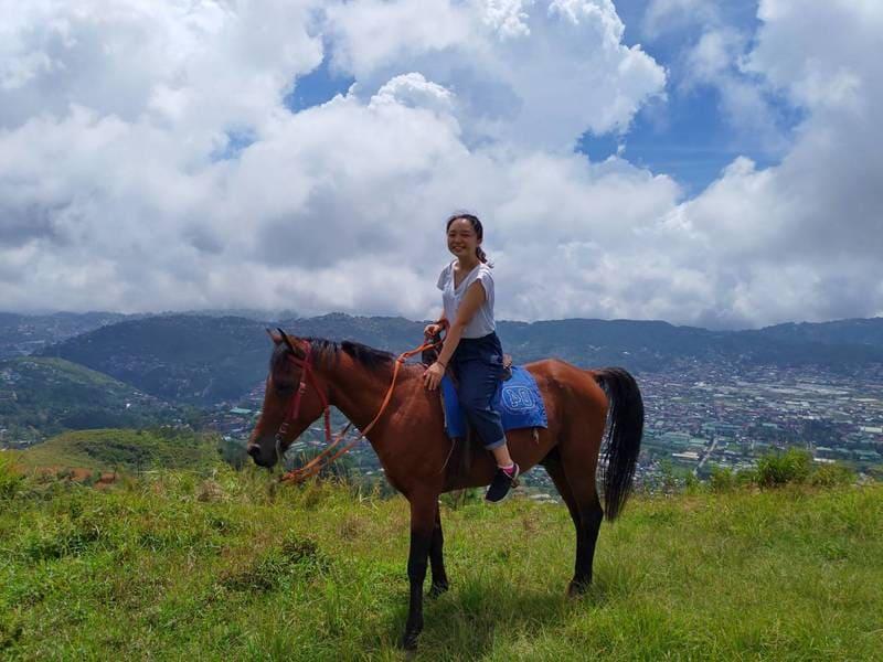 Fu的可愛朋友騎馬
