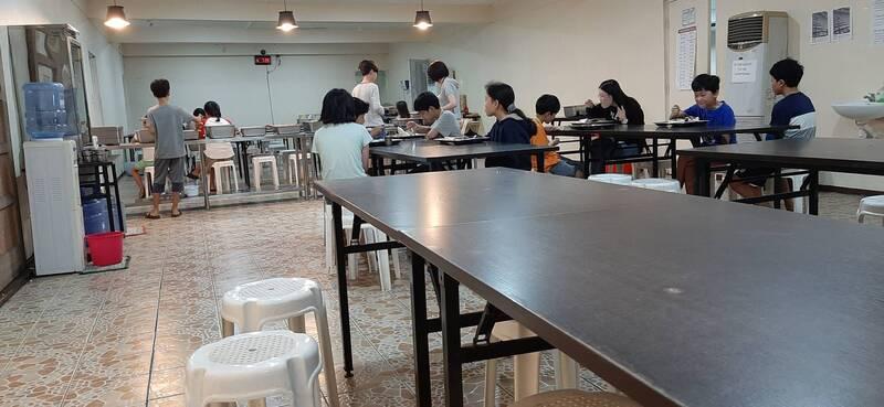 學校的餐廳